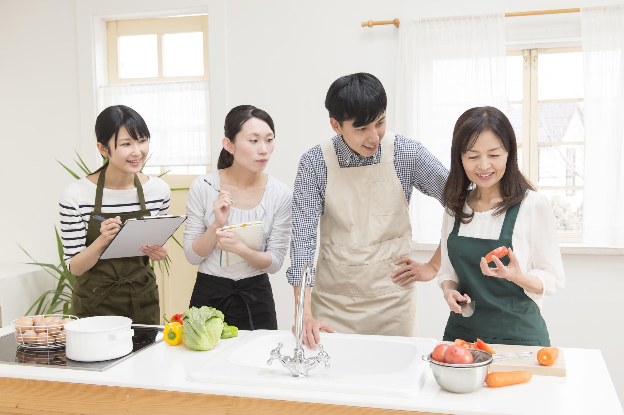 完全少人数制なので、フォロー体制も万全 ほどよくゆるい料理教室